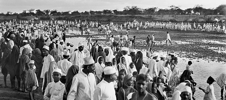 Envisioning Asia, Gandhi and Mao in the photographs of Walter Bosshard
